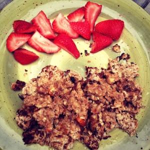 "Vegan ""pancakes"" + strawberries"