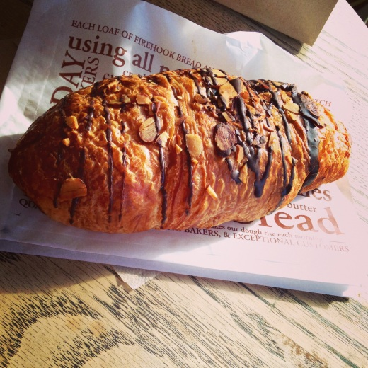 croissant chocoalte